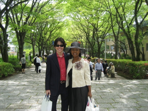 _11-taro-and-akiko-at-soka-university.jpg